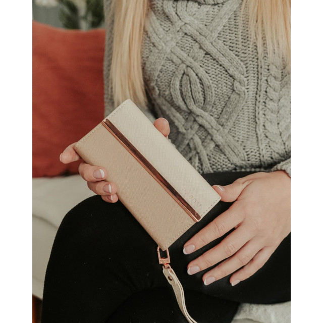 【iPhone11 ケース】Wristlet Folios ERIS (BLUSH ROSE)サブ画像