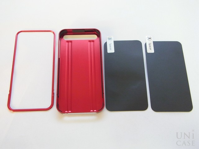 【iPhone5s/5 ケース】ZERO HALLIBURTON for iPhone5s/5 (Red)の装着手順