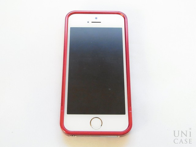 【iPhone5s/5 ケース】ZERO HALLIBURTON for iPhone5s/5 (Red)の装着完了